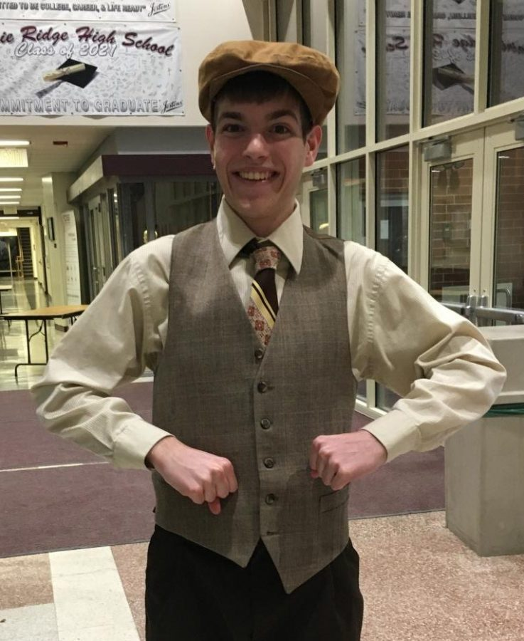 Collin played Eugene Fodor in this year's musical Crazy for You.