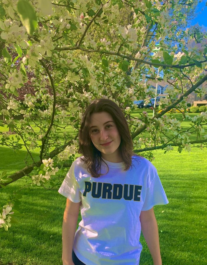 Nina Ricciardi was nominated by faculty as a senior to know from the class of 2021.